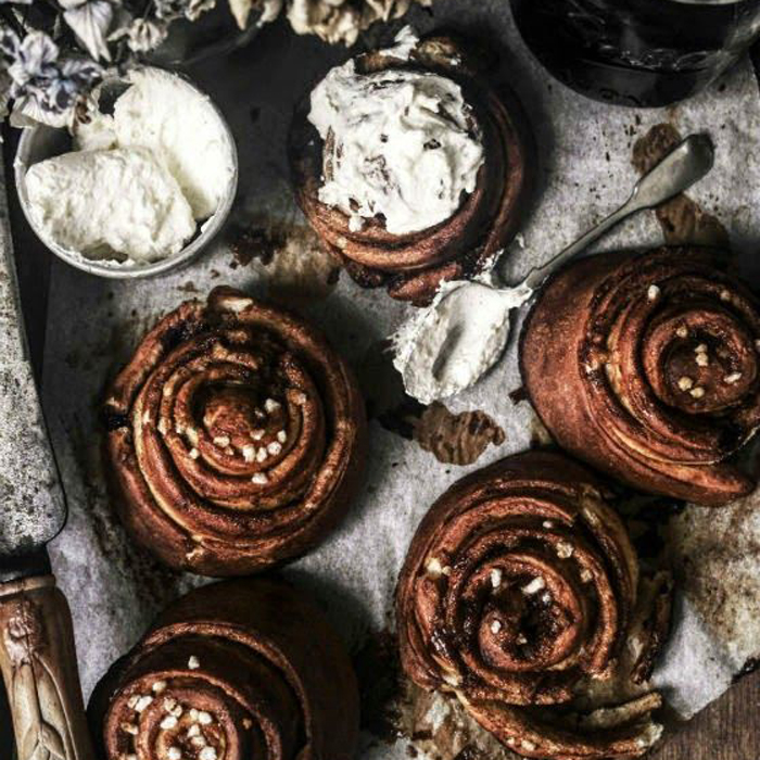 kanelbullens-dag-kanelbulle-brioche-pretzel-recept-1