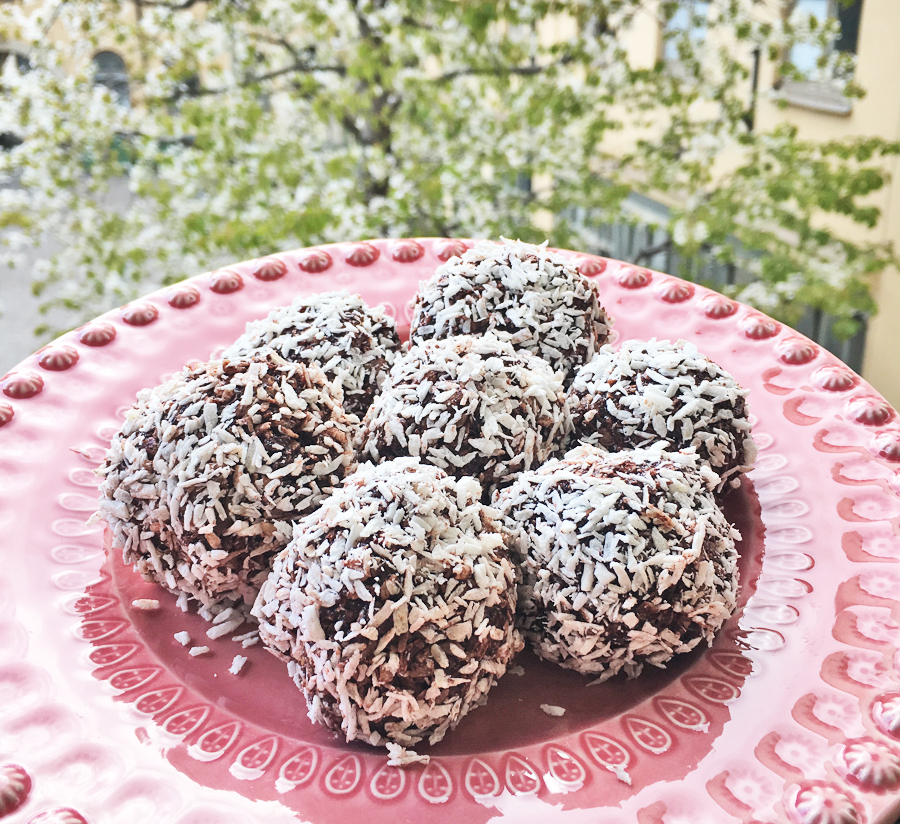 raw food chokladbollar dadlar