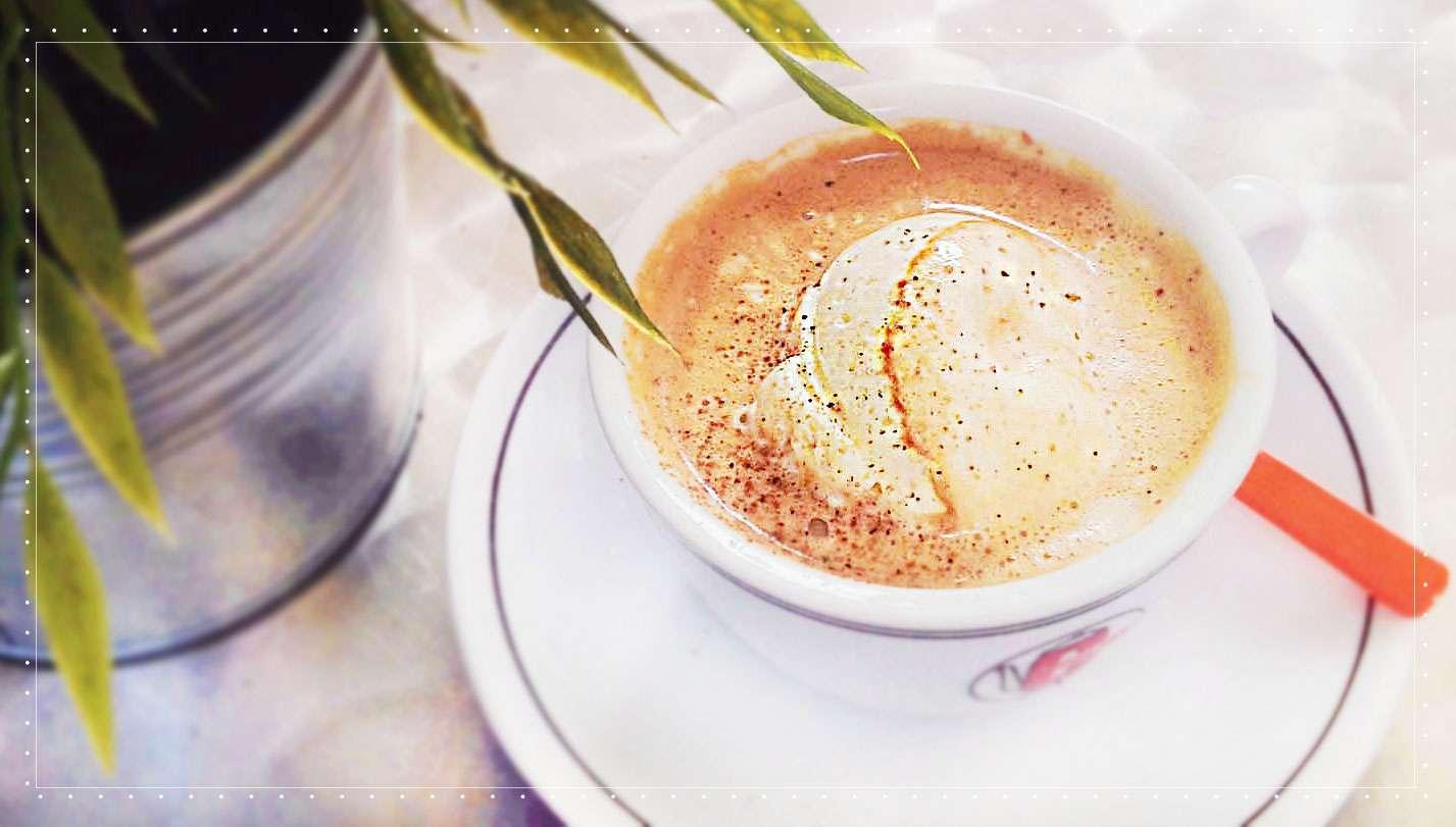 En Affogato består av en espresso med en kul